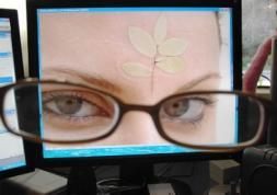 Et si votre opticien achetait ses lentilles de contact sur internet ?