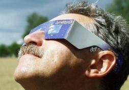 Lunettes pour éclipse solaire du 20 mars: où sont-elles vendues ?
