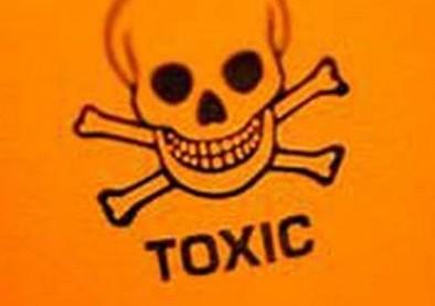 Lunettes et lentilles de couleur contrefaites: un vrai poison !