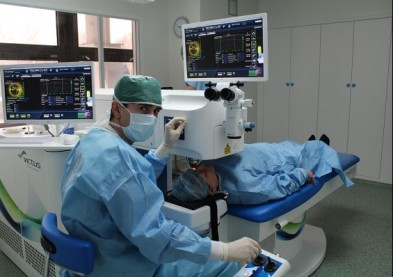 Un nouveau laser femtoseconde obtient la norme CE