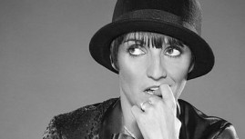 Lunettes ou lentilles : le spectacle de Florence Foresti !