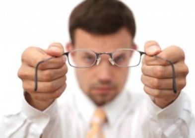 L\'ordonnance de lentilles bientôt déléguée à l\'optométriste ?