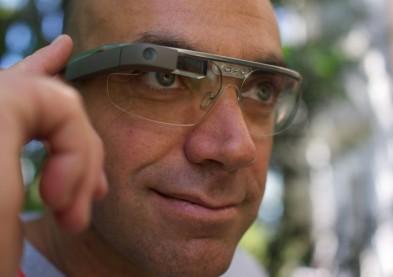 Faut-il autoriser Google Glass sur une photo de passeport ?