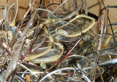 Bientôt jetées à la poubelle, les lunettes de vue ?
