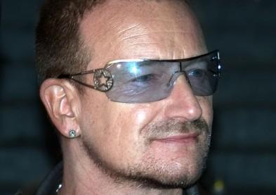 Le glaucome oblige Bono à porter des lunettes aux verres teintés