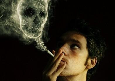 Oui, fumer est aussi nocif pour la santé des yeux !