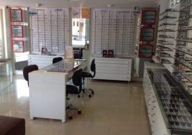 Confinement obligatoire: La majorité des opticiens cessent toute activité
